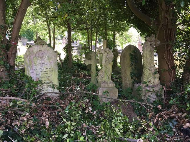 cemeterygraves3